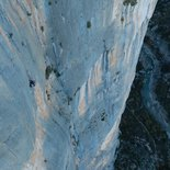 Multi pitch route climbing course in the Verdon