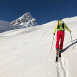 Ascent of Dolent ski touring (Mont Blanc Massif)