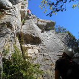 Discovery of cliff rock climbing (Burgundy)