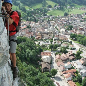 via-ferrata-thones-1.jpg