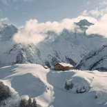 Snowshoeing in the Bagnes valley (Valais)
