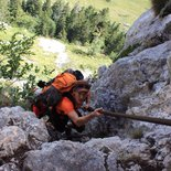 Crossing the Chartreuse, from ledges to ridges