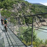 Monteynard footbridges in electric assisted fatbike (Trièves / Vercors)