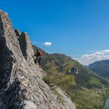 Rock climbing: multi-pitch route in gorges du Tarn and Jonte