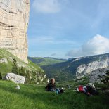 Hiking and cave bear buvouac in Chartreuse