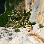 Initiation to multi pitch climbing route in Verdon