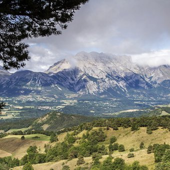 panorama-massif-devoluy.jpg