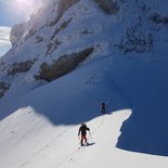 Ski touring in Mont Blanc Massif: Leschaux Circus and Mont Mallet