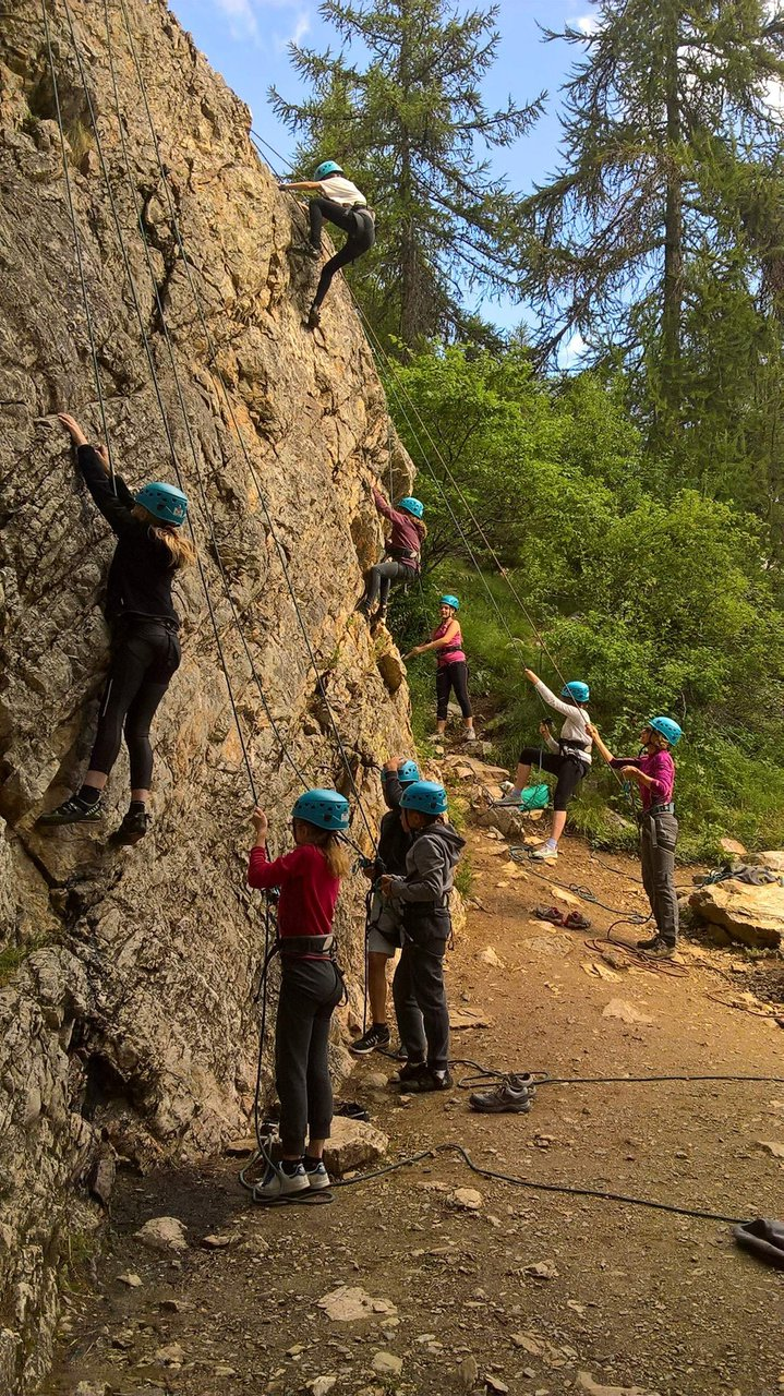 Marion LEMAIRE, Alps (Briançon), Rock climbing instructor ...