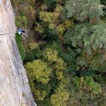 Hiking and abseiling in Saint-Marcellin semi-troglodyte village (Tarn Gorges)