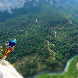 Multi pitch climbing course in Verdon