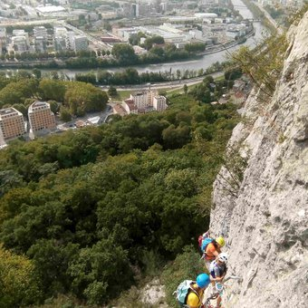 via-ferrata-bastille-grenoble.jpg