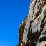 Gentle rock climbing course around Die (Drôme)