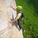 Rock climbing course: multi pitch routes in Presles (Vercors)