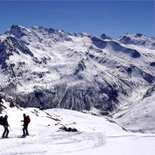 Ski touring in the valleys of Gran Paradiso